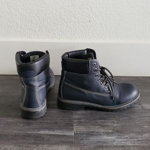 Navy Black Timberland Detailed CIS Boot